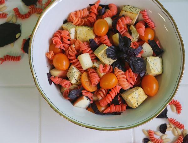 Image of Bunter Pasta-Salat