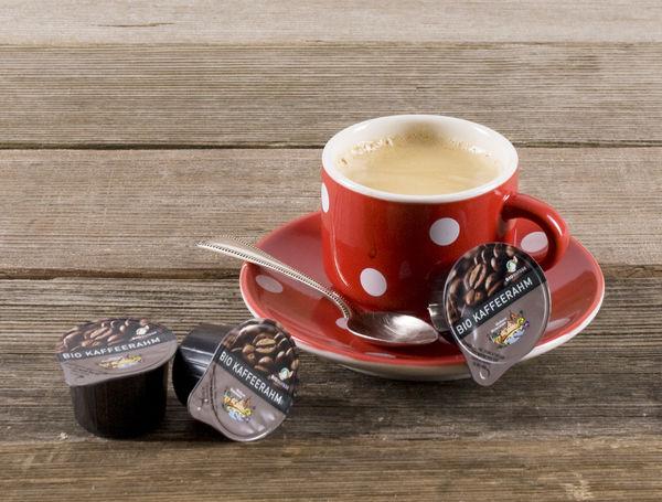 Image of Bio Kaffee Rahm Portionen, UHT, 15% Fett, 10er Stange, 120ml