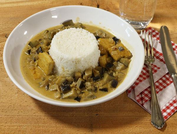 Kokos-Auberginen Curry mit Tofu